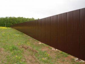 Забор из профнастила для ограждения
