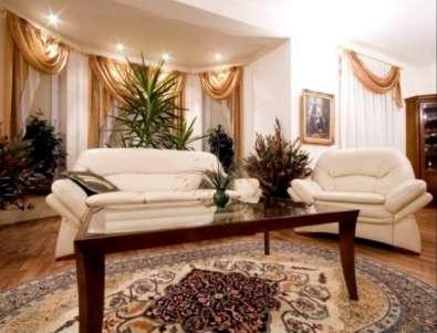 Букет из сухоцветов в гостиной